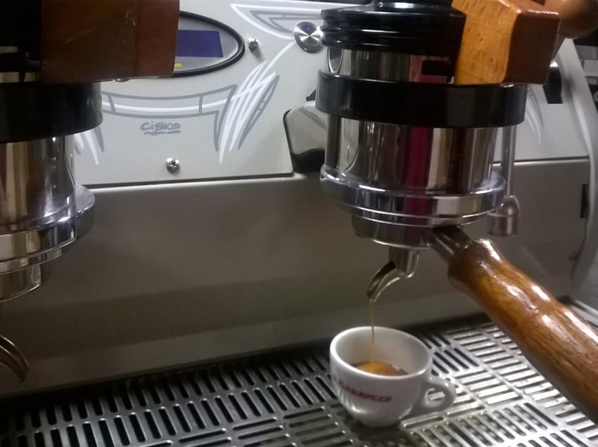 CERCASI SOCIO DI CAPITALE PER CAFFETTERIA GOURMET
