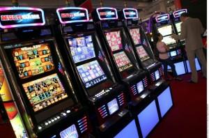 Un corso obbligatorio per mettere le slot machine al bar.