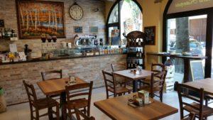 Il bar in vendita a Saronno