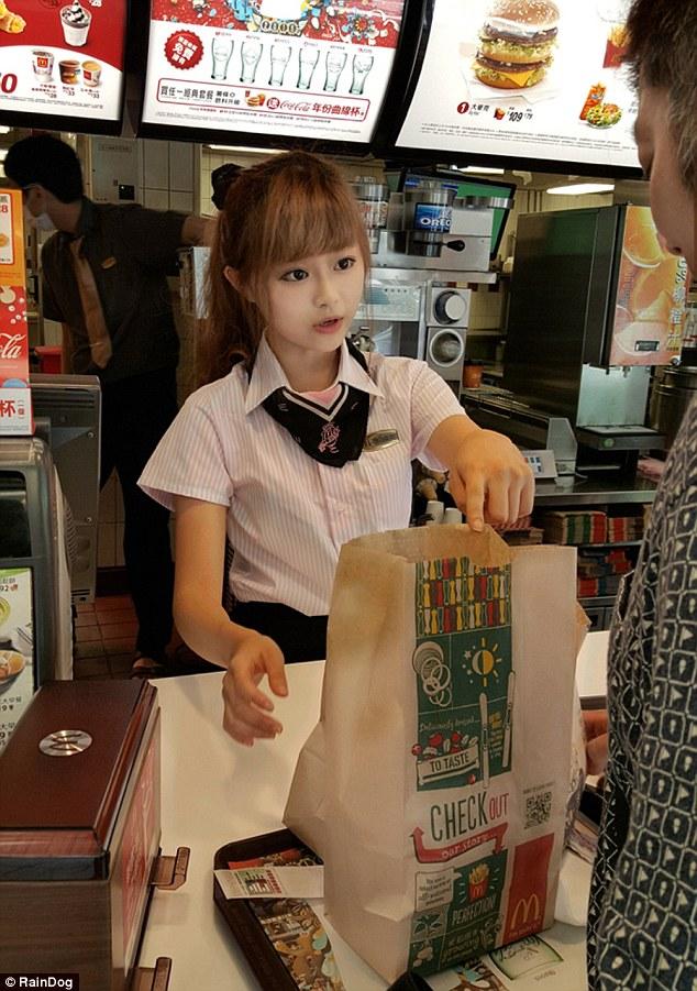la ragazza del Mc Donald a Taiwan...