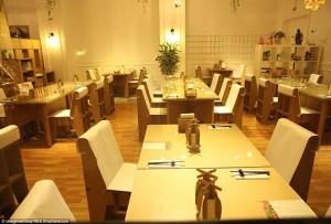 Costruire un ristorante di carta? In cina l'hanno fatto...