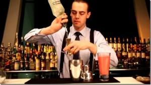 Il barman Simone Caporale dal sito newsbartenders.it