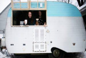 Le ragazze di Detroit che grazie al crowdfunding hanno aperto una caffetteria su un roulotte...