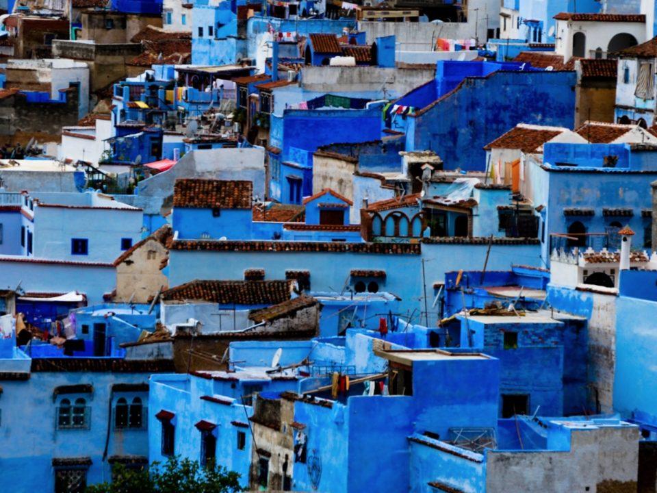 La città blu di Chefchaouen, al momento una delle location ideali per aprire un bar in Marocco