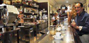 Le statistiche dicono che i bar chiudono meno delle altre attività commerciali