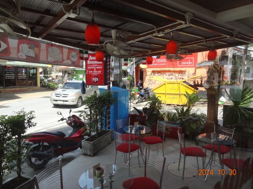 VENDESI CAFFETTERIA A PATONG (PHUKET) IN THAILANDIA