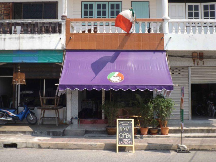 CEDESI BAR RISTORANTE IN THAILANDIA / Prachuap Khiri Khan,  incluso company thai