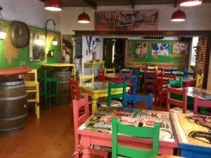 i tavoli del locale