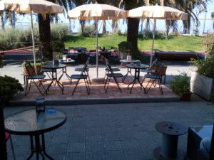 L'esterno del bar in vendita il Liguria