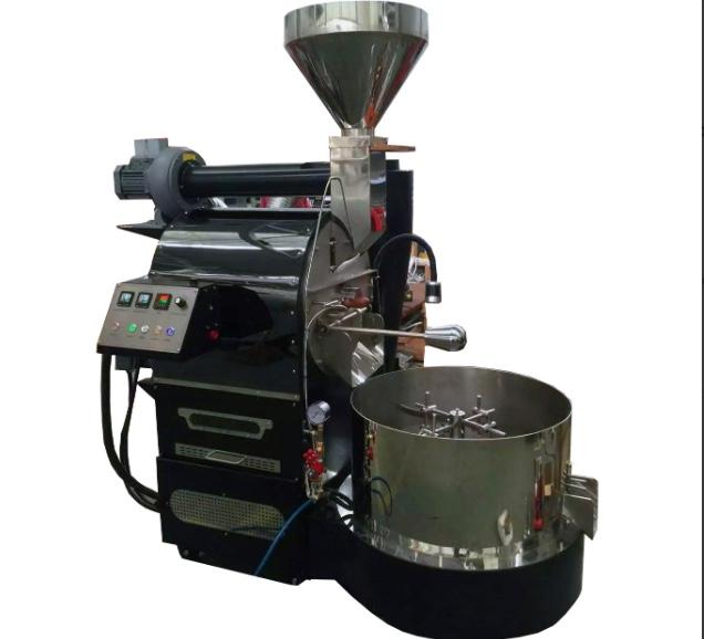 Una macchina tostatrice per caffè da 12 chili di tostata.
