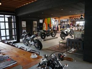 Il bar della moto in California.
