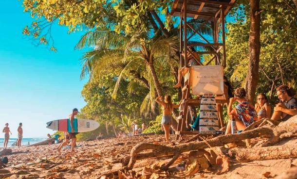 Aprire un chiosco sulla spiaggia in Costarica, chi non ci ha mai pensato?