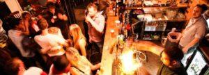Per aumentare i clienti all'aperitivo è necessario creare una atmosfera coinvolgente...
