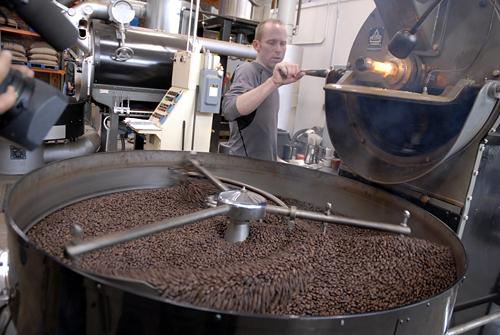 LA TERZA ONDA DEL CAFFE' NEL MONDO DEI BAR ITALIANI