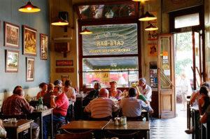 Vogliamo aprire un ristorante Italiano in Argentina? Cerchiamo ispirazione al cafè Margot di Buenos Aires...