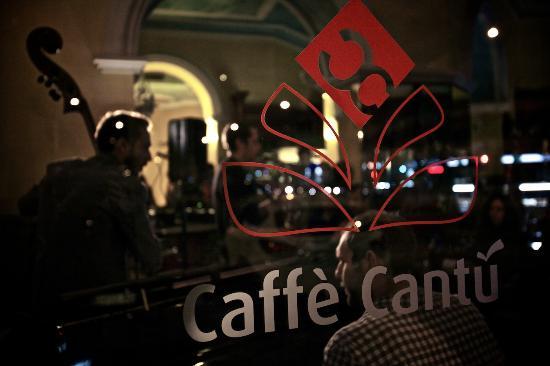 LA CAFFETTERIA DI QUALITA' NEL BAR DI QUARTIERE
