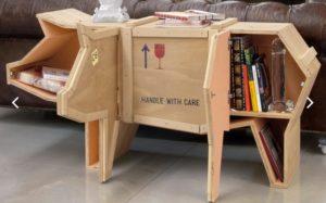 Il tavolo-maialino in legno e cartone, da arricreati.it