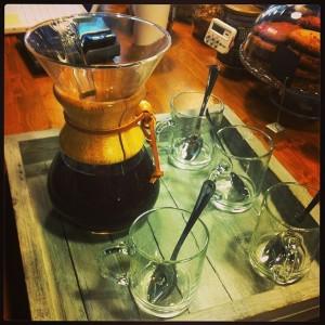 Un Chemex al Filter bar, per preparare il caffè filtro.