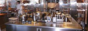 Come scegliere l 39 attrezzatura usata o da fallimenti per for Arredamento ristorante fallimenti