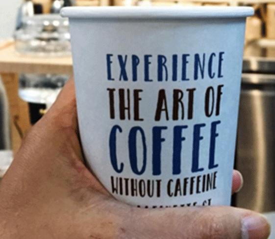 SERVIRE IL CAFFE' DECAFFEINATO AL BAR