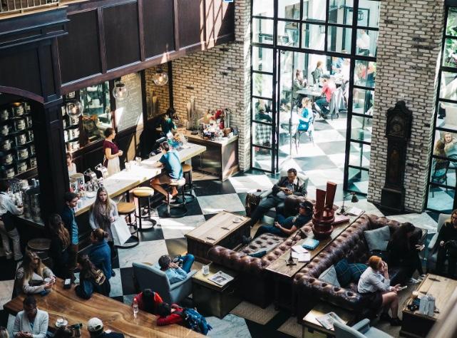 Una caffetteria può essere, nella location adeguata, sempre un business interessante. Vediamo quindi i migliori bar in franchising  del 2020
