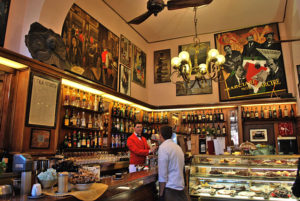 Breathe the atmosphere of the Italian bar!