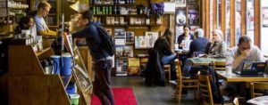 Una bella atmosfera può incrementare il fatturato di un bar?