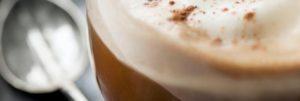 Fra le idee per colazione al bar i cappuccini aromatizzati!