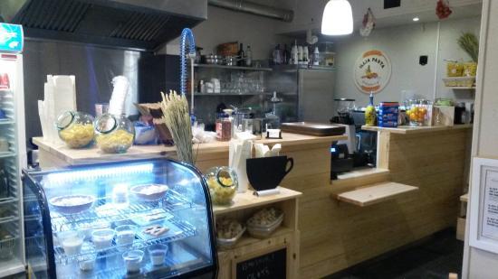 Quanti posti a sedere in un ristorante di 26 metri quadri for Ristrutturare bancone bar