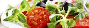 Attirare clienti per il pranzo al bar? Facciamolo con le insalate!