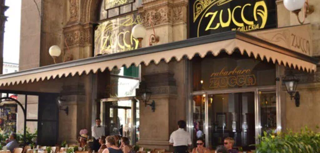 Un'insegna davvero storica, quella del bar Zucca di Milano. Ma quanto costa fare l'insegna di un bar?