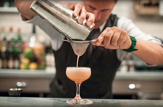 PICCOLI BAR, GRANDI COCKTAIL. UNA INTERVISTA CON CARLO MASALA