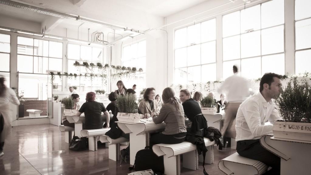 Arredare un bar o un ristorante con il cartone aprire un bar for Arredare un ristorante