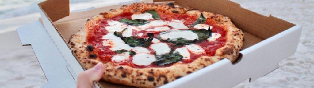 Anche lo stipendio di un pizzaiolo stagionale può essere abbastanza alto, fino a 2000/3000€...