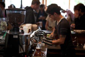 Quanto caffè consumano i bar? E dove sono posizionati i bar che ne consumano di più?