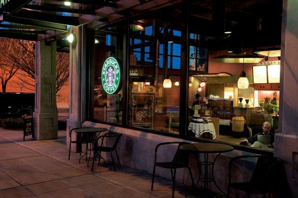 COSA POSSONO IMPARARE I BAR ITALIANI DA STARBUCKS E LE ALTRE CAFFETTERIE ALL'AMERICANA?
