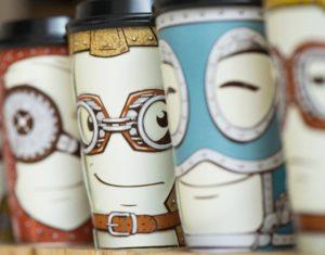 Ecco una idea per i bicchieri per il caffè da asporto!