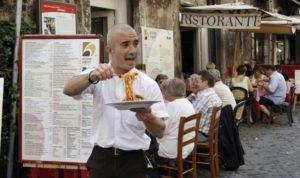 I buttadentro dei locali e ristoranti funzionano? (foto dal sito Radiomantova)