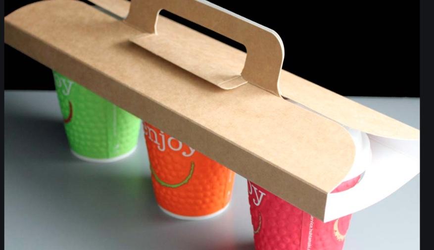 Un vassoio per il caffè da asporto carino e alternativo... dal sito cater4you.co.uk