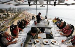 Il lavoro sulla struttura di Dinner on the sky, soffrite di vertigini?